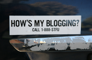 hows-my-blogging-photo-by-scott-beale-laughing-squid-laughingsquidcom-cc-by-nc-nd.png