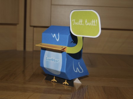 Twitter bird paper-toy, image by Nerea Marta (cc-by-nc-nd)