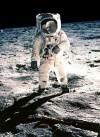 ביבי גאמפ בנחיתה על הירח, מאת אילאיל הוז