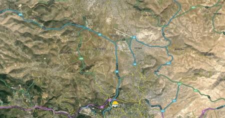 מחנה קלנדיה כפי שנראה לעורך מפות בווייז. צילומסך: אלכס גקר