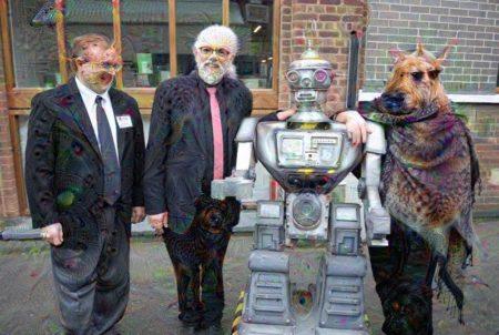 אנשים ורובוט. תמונה: Campaign to Stop Killer Robots (cc-by); עיבוד: דיפדרים