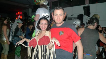 תחפושות סטאר טרק ומפלצת הספגטי המעופפת במייקת'ון פורים של גיקון. תמונה באדיבות שמרית טל