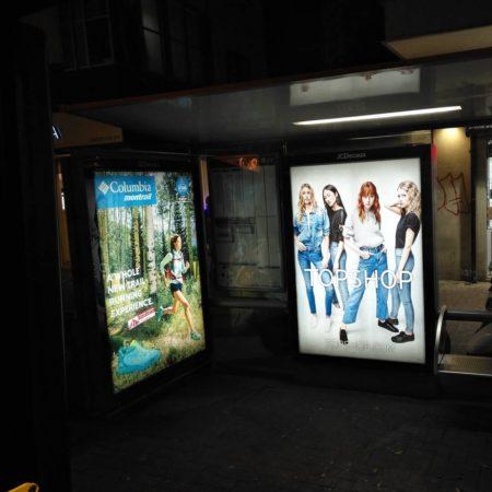 נשים על שלטי חוצות בתל אביב. תמונה: עידו קינן (cc-by-sa)